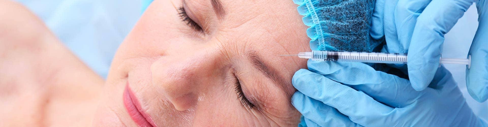 Supprimer les rides : Botox ou acide hyaluronique ?